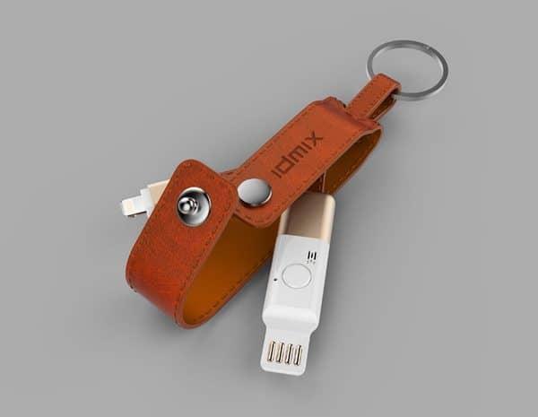 Многофункциональный Bluetooth-брелок для iPhone