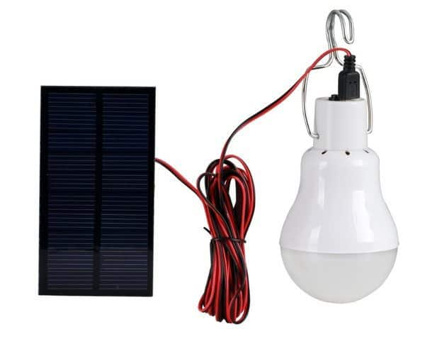 Кемпинговая LED-лампа с питанием от солнечной панели