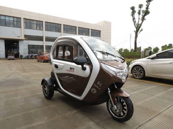 Трёхколесный электроцикл TZ-001