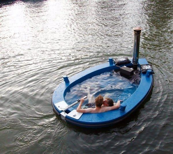 Большая водоплавающая ванна с подогревом HotTug