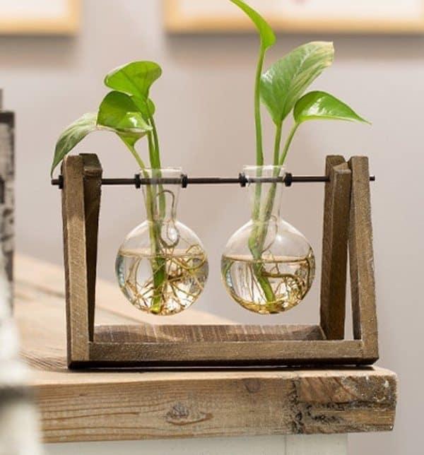 Стеклянные колбы для растений в виде качельки
