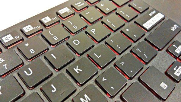 Беспроводная клавиатура iPazzPort с подсветкой и тачпадом