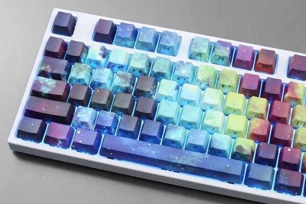 """""""Галактические"""" клавиши для моддинга клавиатуры"""