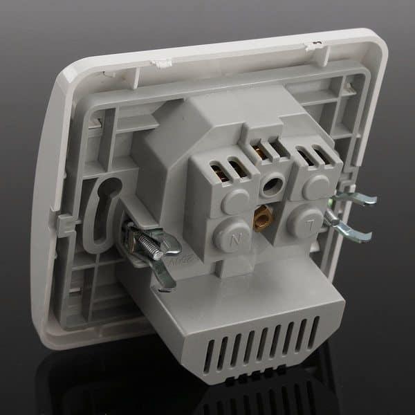 Евророзетка с 2 USB-портами