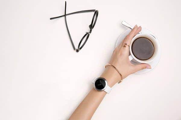Стильные умные часы Huawei Zero