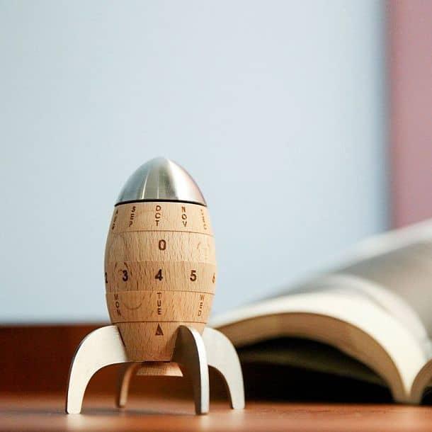 Вечный календарь «Ракета»