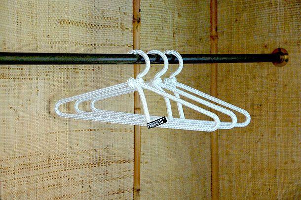 Комплект дизайнерских вешалок для гардероба Loop