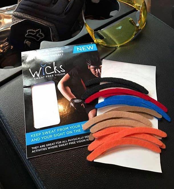 Пластырь для защиты глаз от попадания пота Wicks Stick