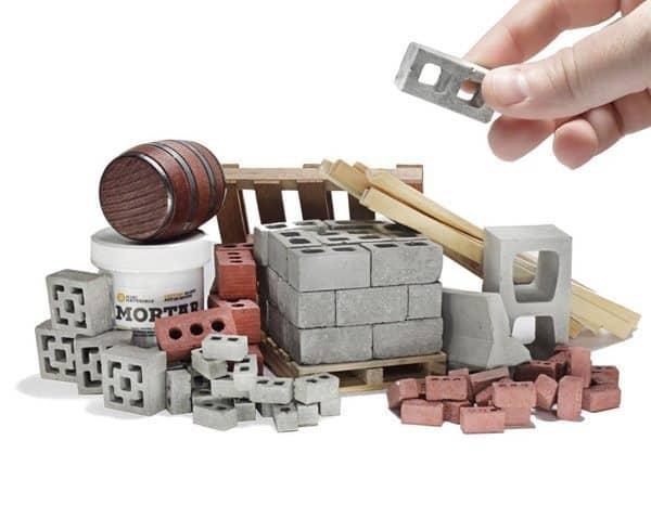 Набор миниатюрных строительных материалов