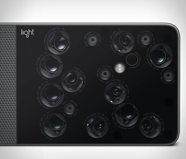 Фотомыльница с 16-ю объективами Light L16