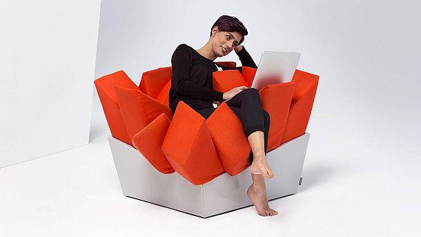 Дизайнерское кресло Manet в виде упаковки картофеля фри