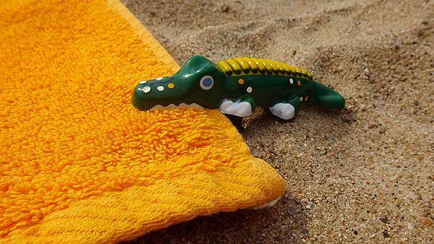 Зажим-фиксатор для пляжных полотенец и подстилок Alligator