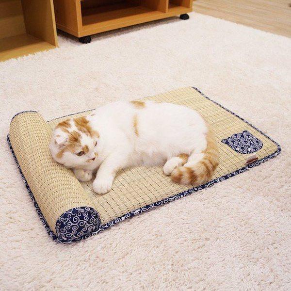 Спальный коврик для кошек в виде татами