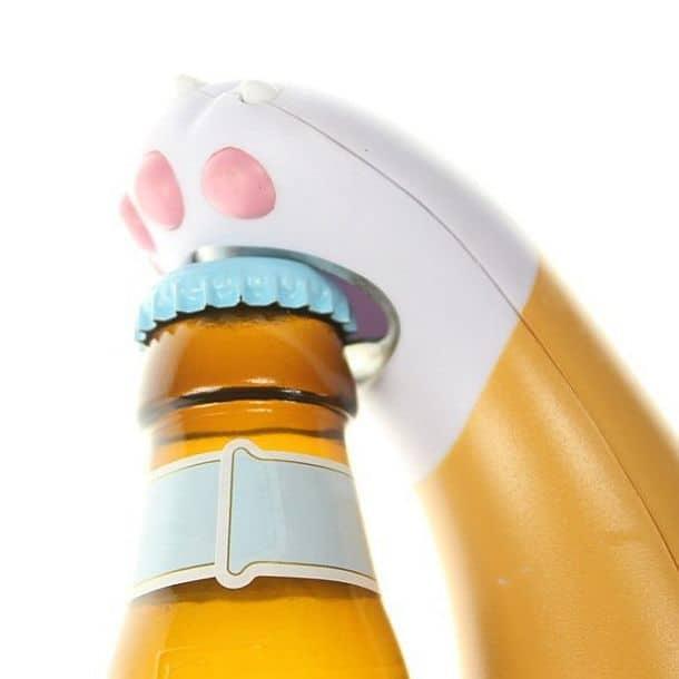 Бутылочная открывалка в виде кошачьей лапы Cat Paw