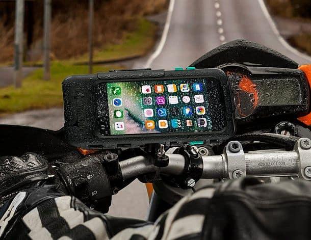 Водоупорный чехол для айфонов с креплением на руль мотоцикла Ultimateaddons