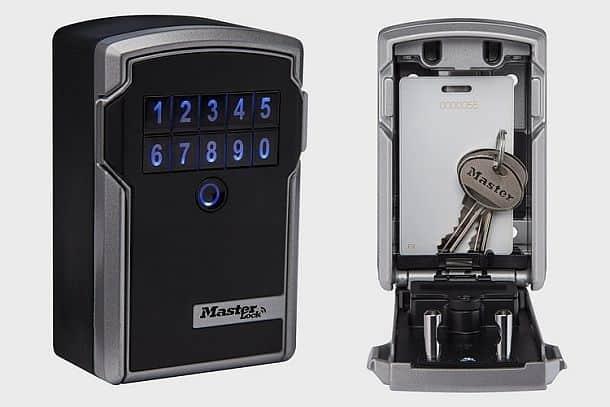 Дверной замок Master Lock Bluetooth Lock Box