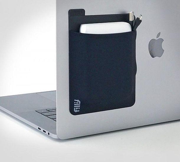 Клейкий карман для мелких гаджетов Fillit Pocket