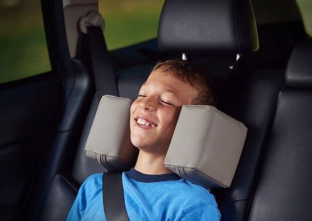 Приспособление для фиксации головы ребенка в детском автокресле CarRide
