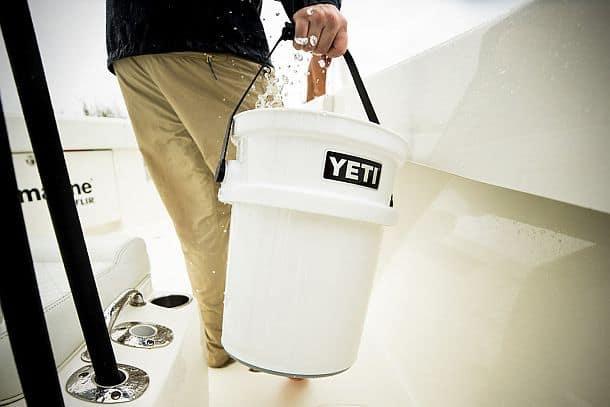 Сверхпрочное вместительное ведро YETI LoadOut