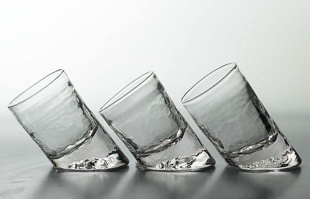Скошенный барный стакан ручной работы