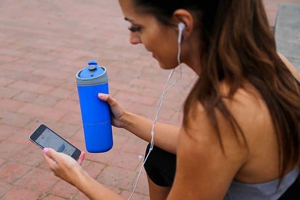 Умная бутылочка для воды Ozmo Active с мобильным приложением