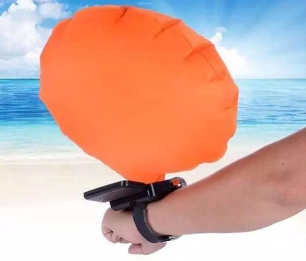 Аварийный браслет для спасения на воде