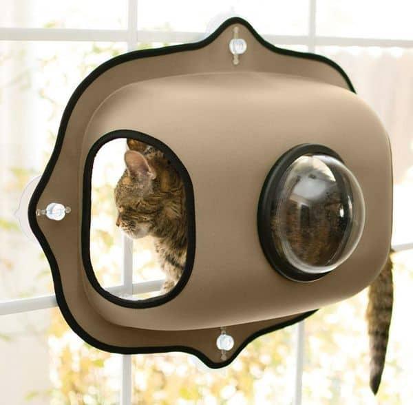 Постель для кошек, устанавливаемая на окно