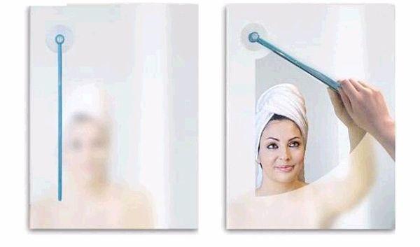 Щёточка-дворник для очистки зеркал от испарины