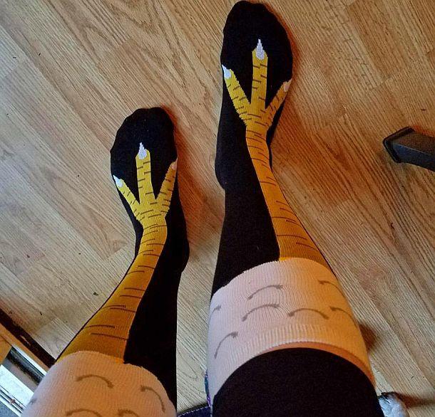 Гольфы с изображением куриных лапок Chicken Leg Socks