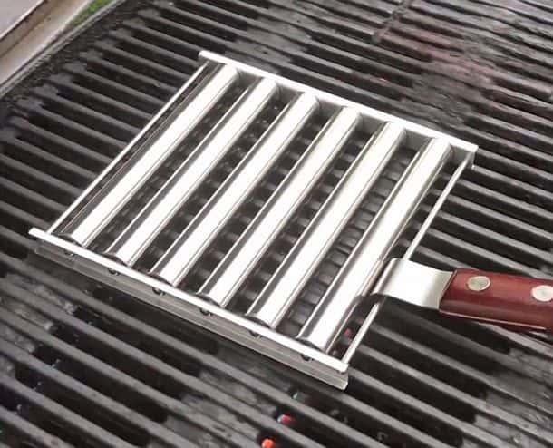Подставка для равномерного поджаривания сосисок