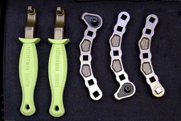 Универсальный инструмент для труднодоступных мест Kirk Wrench