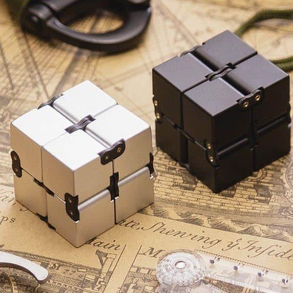 Антистрессовый кубик