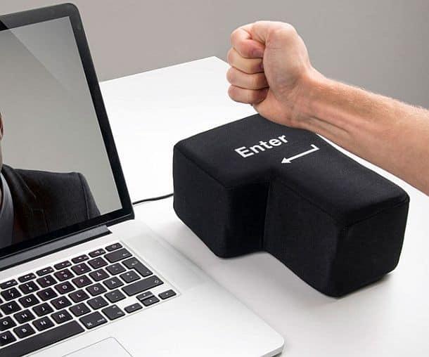 Антистрессовая USB подушка в виде гигантской клавиши Enter