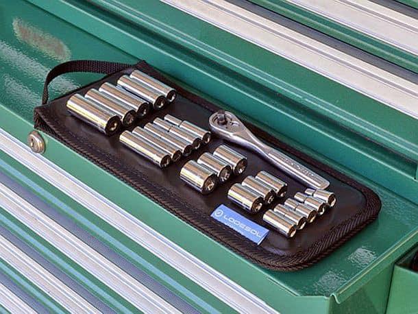 Гибкий магнитный держатель железных деталей и инструментов Lodesol