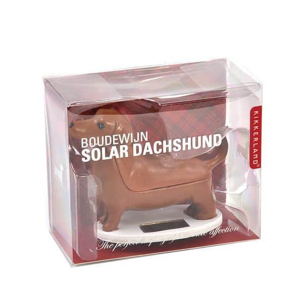 Игрушечная такса Boudewijn на солнечных батареях