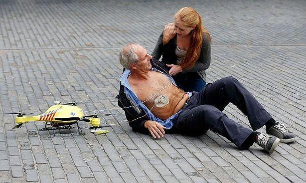Медицинский дрон с дефибриллятором TU Delft
