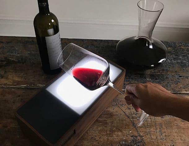 Прибор для подсвечивания вина Vinlumin™