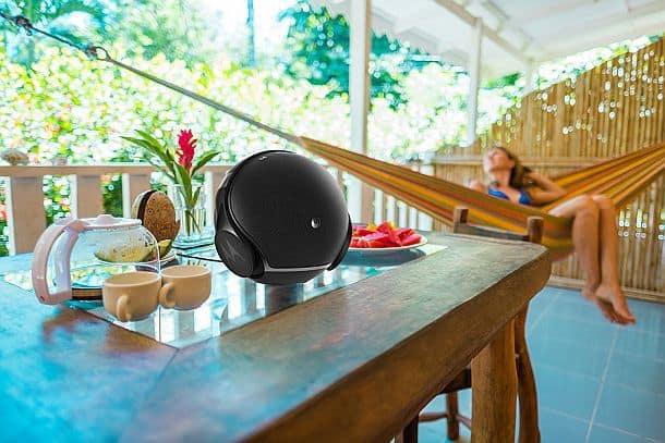 Беспроводной аудиокомплект Sphere, состоящий из колонки и наушников