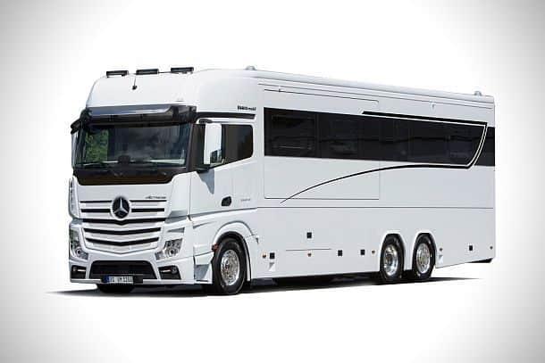 Суперкомфортный шестиместный трейлер VARIO Signature 1200 Motorhome