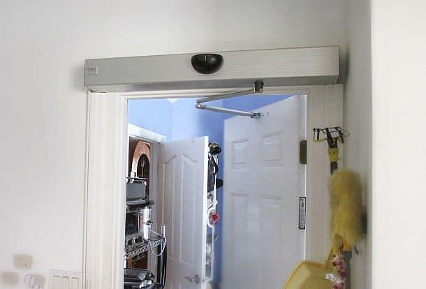 Устройство автоматического открывания дверей Tucker Auto-Mation
