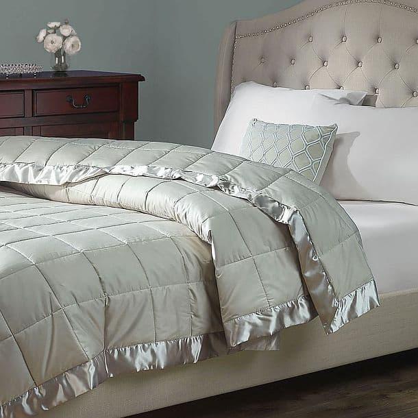 Одеяло Outlast, контролирующее температурный режим