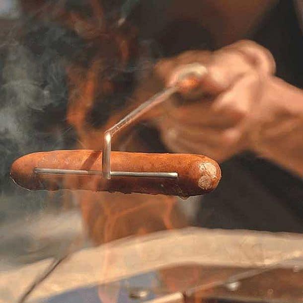 Шампур для прожарки сосисок над огнем Crank-Eez