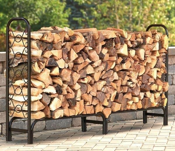 Вместительная металлическая стойка для хранения дров