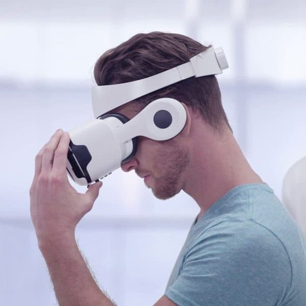 VR-очки со встроенными HD-наушниками Utopia 360° Elite Edition