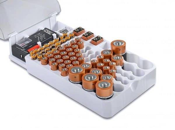 Универсальный органайзер для батареек