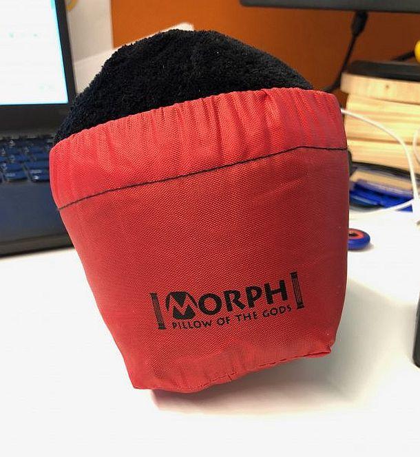 Лучшая дорожная подушка от Morph