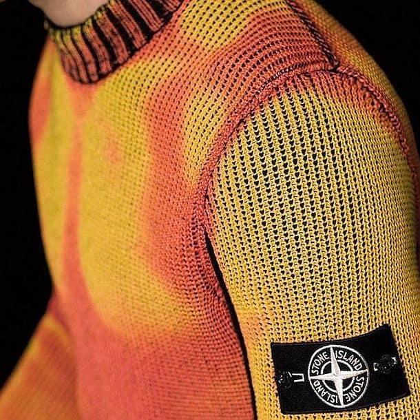 Термочувствительный свитер от Stone Island
