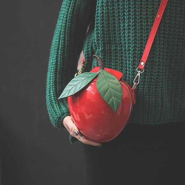 Женская сумочка для в виде яблока