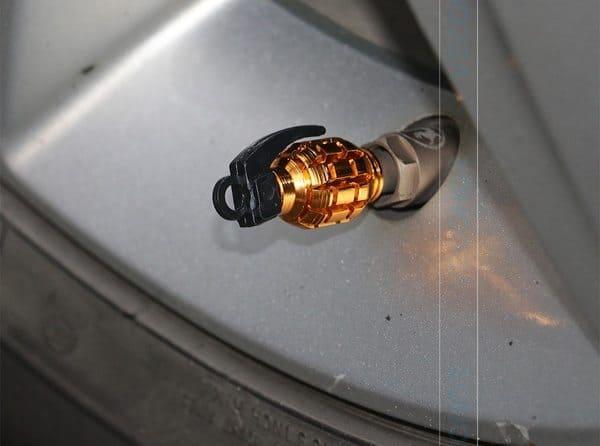Колпачки для клапанов колёс в виде гранат