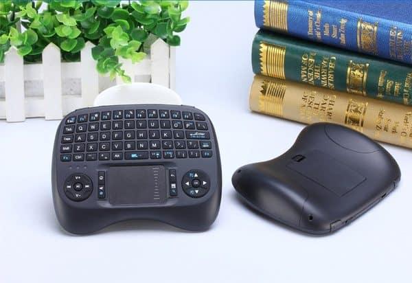 Клавиатура и сенсорная панель в одном
